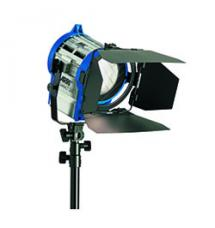 ARRI Compact 200 Watt HMI Fresnel Light