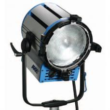 ARRI T5 Location Fresnel - 5000 Watts, Stand Mount (120-230VAC) L3.40000.B