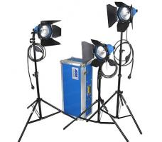 ARRI 750 Plus 3 Light Kit (220-240V AC)